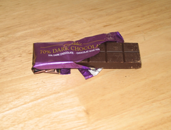 Chocolate =50g, fat =21g, sugar =15g, flavanols =?